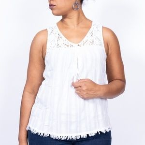 Lucky brand lace white sleeveless blouse, size L